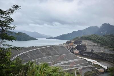 Công trình thủy điện – 'Đặc sắc' du lịch của Hòa Bình